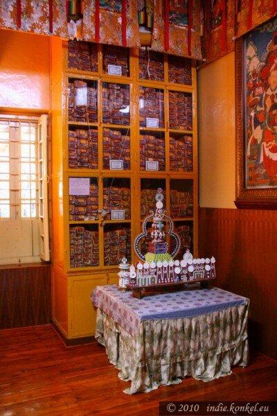 Oryginały świętych ksiąg buddyjskich- uratowane z Tybetu