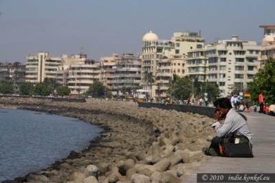 Nieco bardziej nowoczesne nabrzeże, Mumbai.
